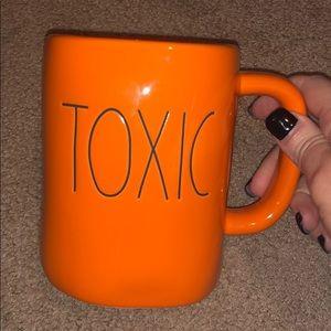 Rae Dunn Halloween Toxic Mug Orange Black LL